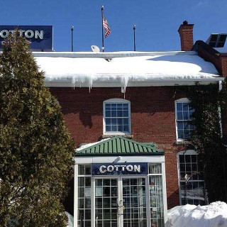 Cotton Restaurant: known for exceptional food, friendly professional service and an inviting, casual upscale atmosphere. Located in downtown Manchester, NH.