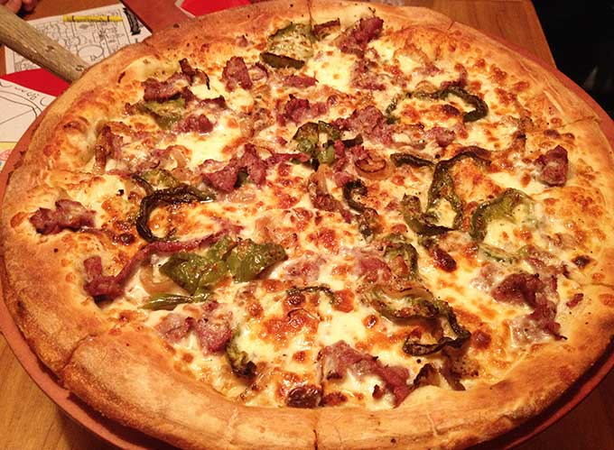Portland Pie Company offers premium gourmet pizzas, appetizers, salads, pastas, and sandwiches along with a full bar. New England pizza at its best!