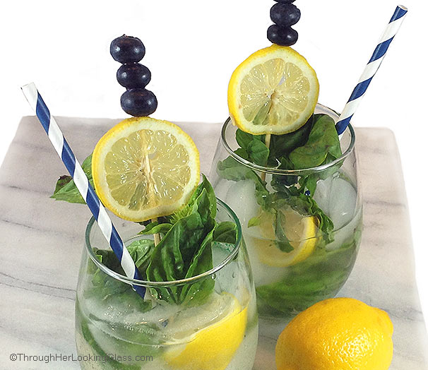 Blueberry Basil Mojito: A refreshing cocktail perfect for patio or ...