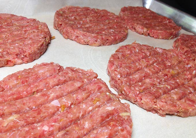 Best burger! Juicy Grilled Turkey & Beef Burgers. Turkey keeps a juicy burger, cuts down on fat. 85% lean ground beef preserves that meaty big beef taste.