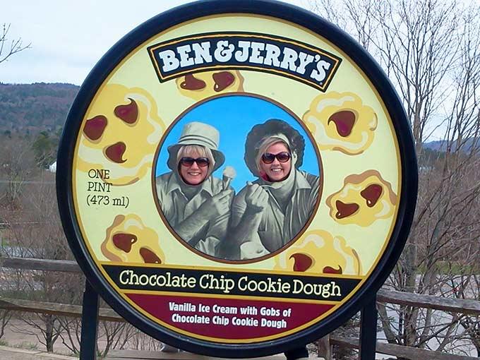 Ben-&-Jerrys-Coffee-Heath-Bar-Crunch-Ice-Cream3