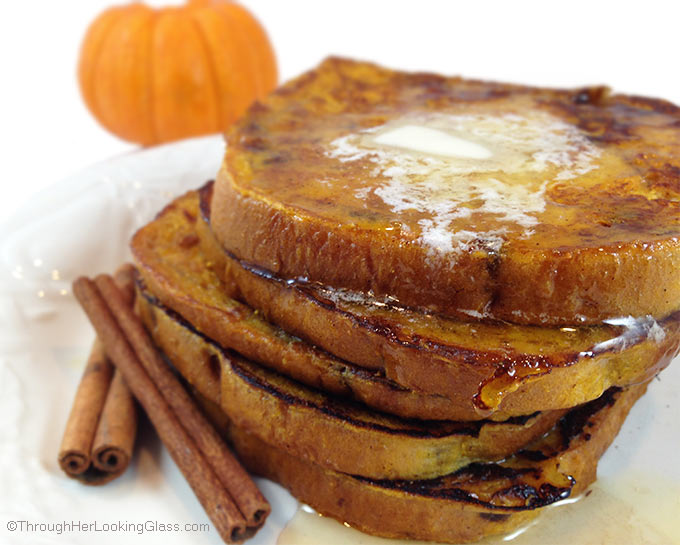 Delicious Cinnamon Swirl Pumpkin French Toast w/butter and maple syrup ...