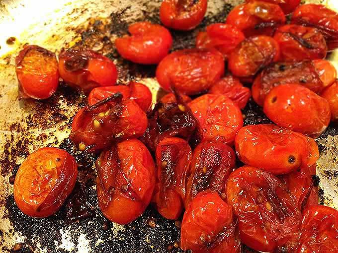 Blistered-Tomato-Basil-Tomato-Pasta2.jpg