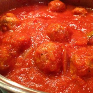 Homemade Italian Meatballs & Sauce. Fresh wholesome ingredients: garlic, fresh parsley, Italian bread crumbs and freshly grated parmesan. Mangi!