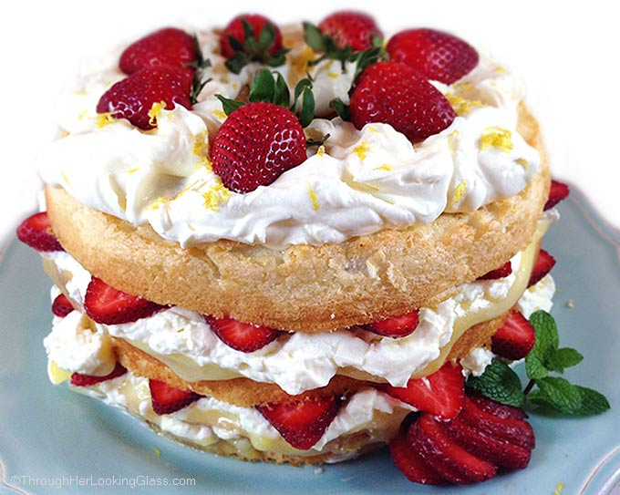 Fresh strawberry and lemon angel food cake through her looking glass fresh strawberry and lemon angel food cake cake layers with fresh strawberries lemon curd forumfinder