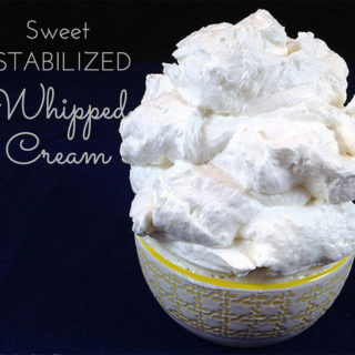 How to make sweet (Stabilized) Stiff Whipped Cream