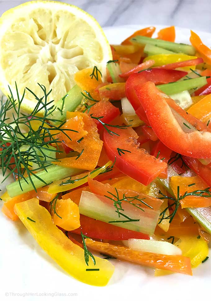 Fresh Dill Bell Pepper Salad: julienned bell pepper matchsticks mingle w/ chopped dill & lemon juice vinaigrette. Bright & colorful crunchy summer salad!