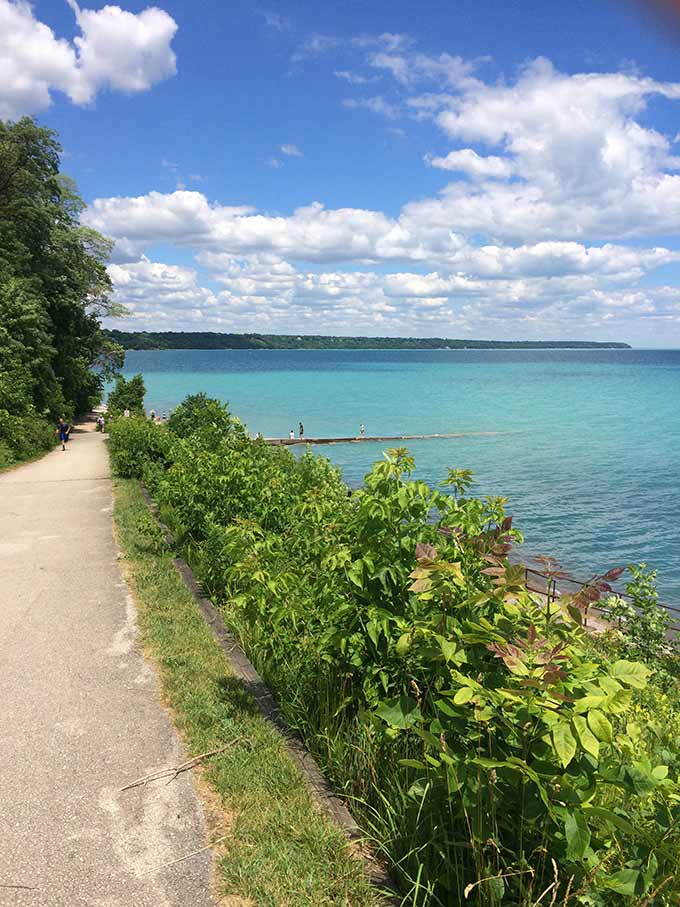 I spent July 4th weekend in Whitefish Bay, WI on Lake Michigan and I just have to tell you all about it today! So many beautiful sights.