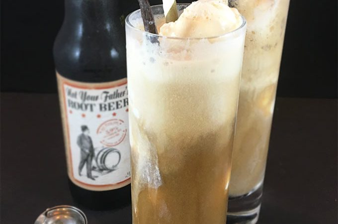 Not Your Father's Root Beer Float: swoon-worthy adult root beer float, guaranteed to please all the root beer lovers. Is it 5 o'clock yet? (Does it matter?)