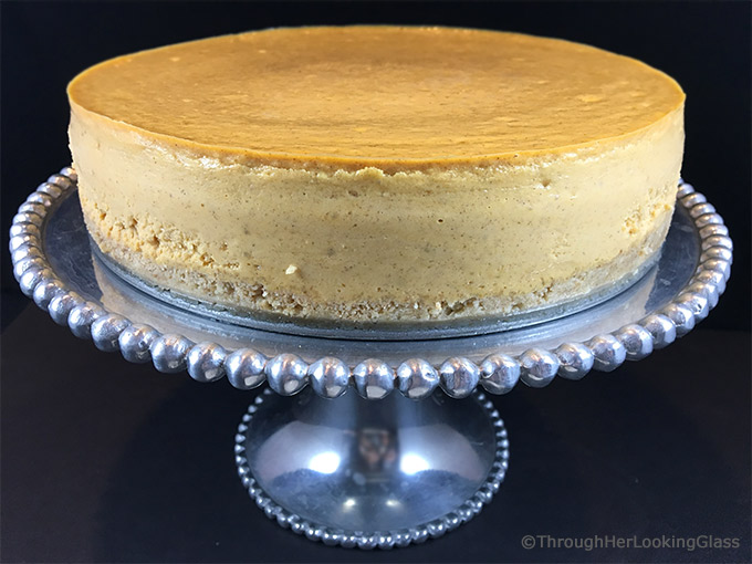 Maple Pumpkin Cheesecake w/Maple Praline Pecan Sauce. Creamy pumpkin ...