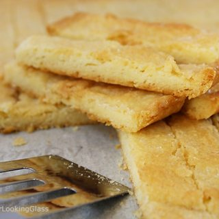 Best Scotch Shortbread Fingers: if you're a shortbread lover, this easy recipe is for you. Golden and buttery, this shortbread has just three ingredients: butter, flour and sugar.