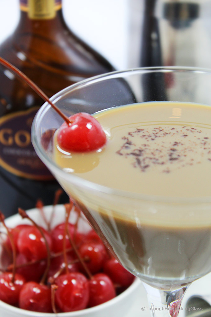 Sweet, creamy and chocolate. That's all you need to know about this Godiva Chocolate Martini recipe. It uses Godiva chocolate liqueur, creme de cacao and Stoli vanilla vodka.
